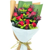 Valentines Day 12pcs Roses Bouquet